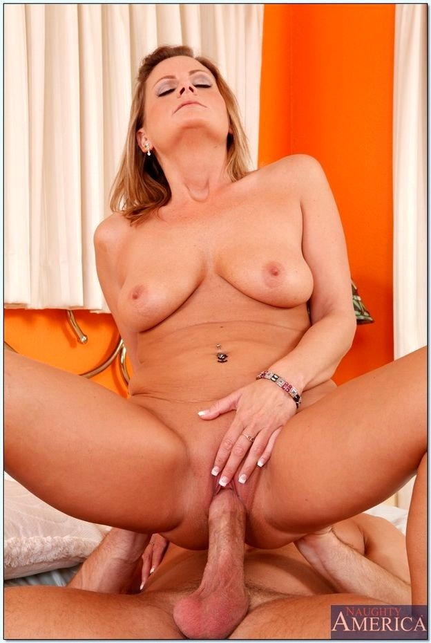 Babe Today My Friends Hot Mom Becca Blossoms Hd Milf -8943