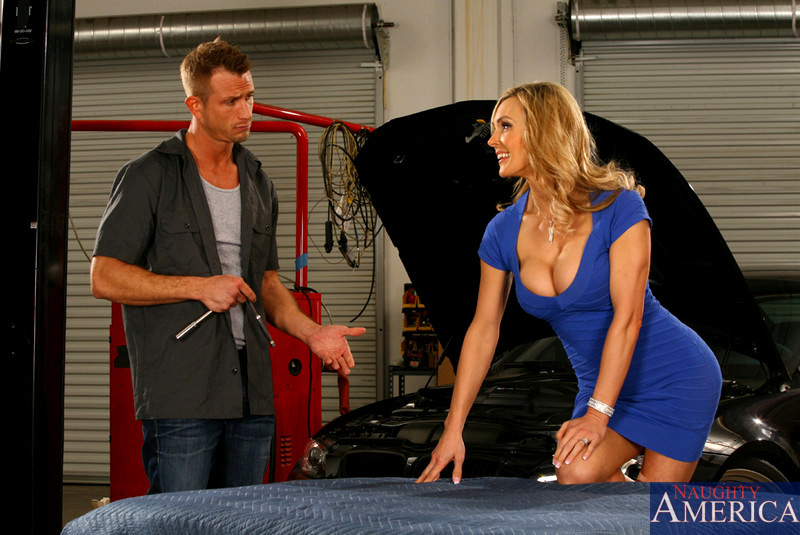 Babe Today My Friends Hot Mom Tanya Tate Common Milf -4078