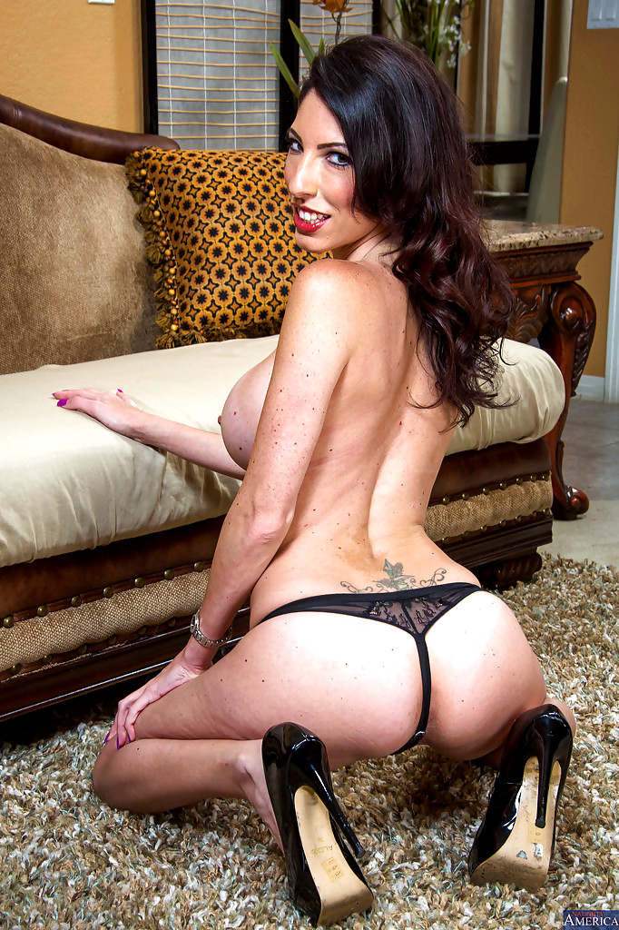 Cuckold Swinger Wife  Free swinger cuckold mature porn