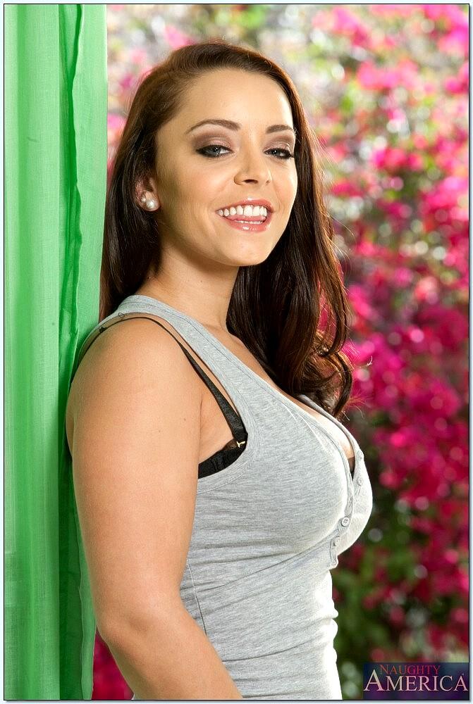 Liza Del Siera