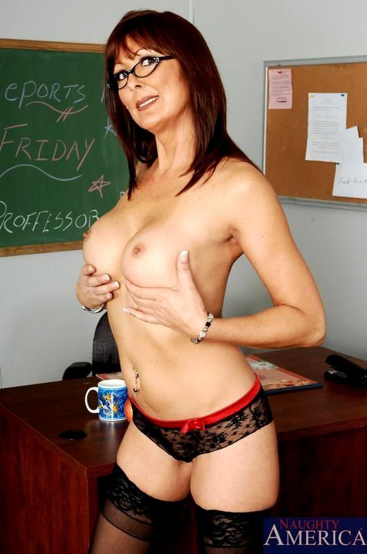 Babe Today Naughty America Desi Foxx Contain Milf Hub Porn -3379