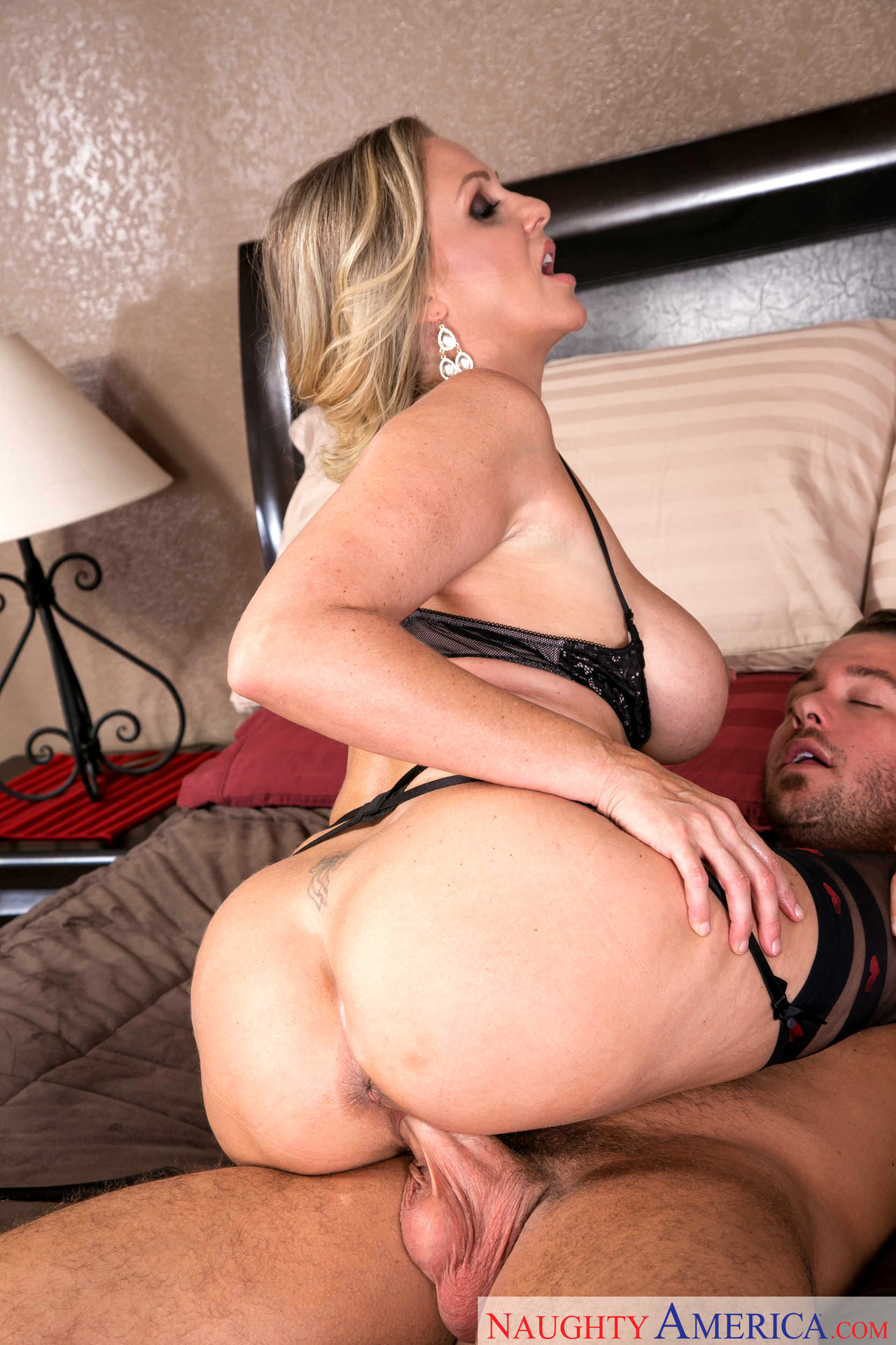 Julia ann naughty america