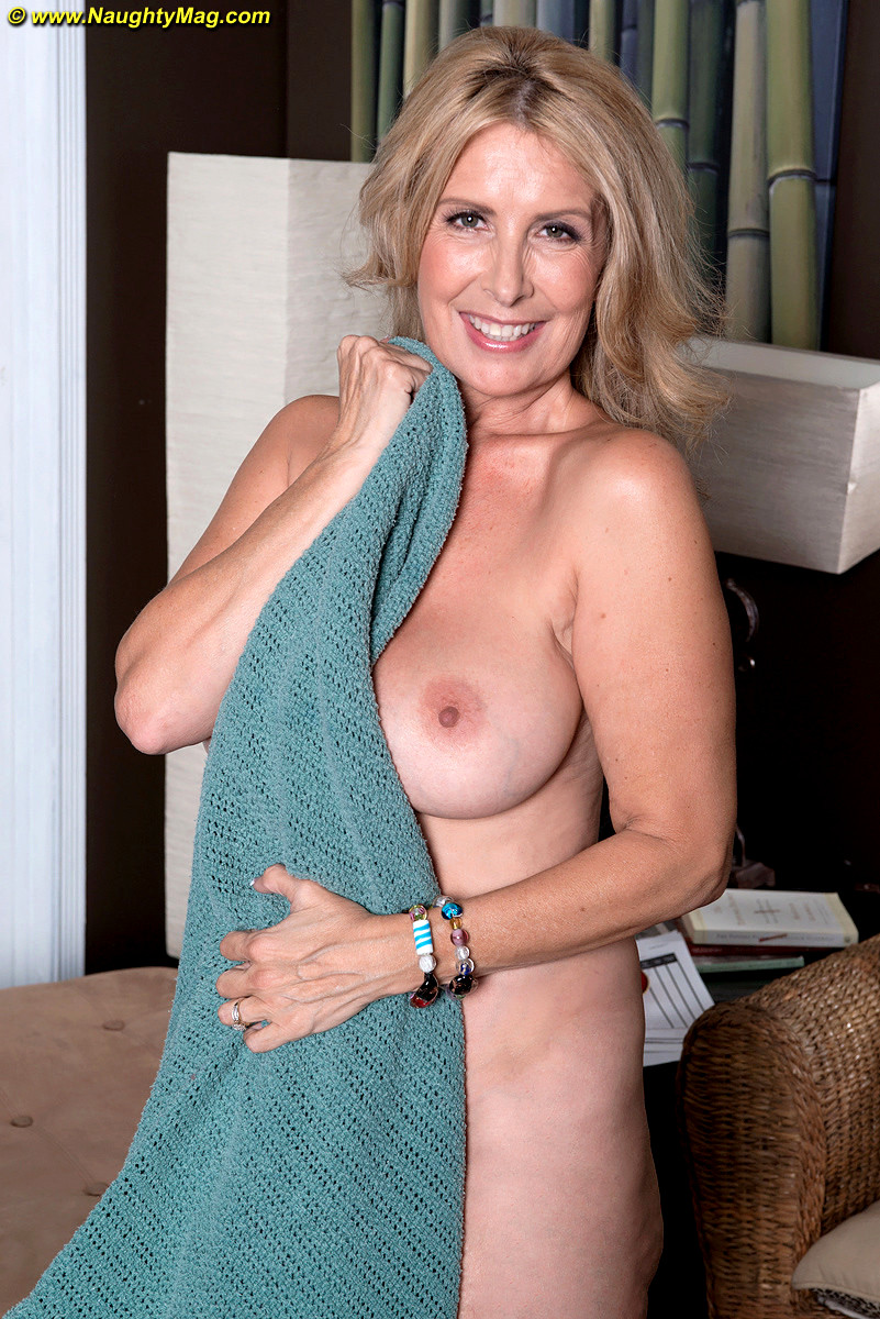 Mature Naughty Tube