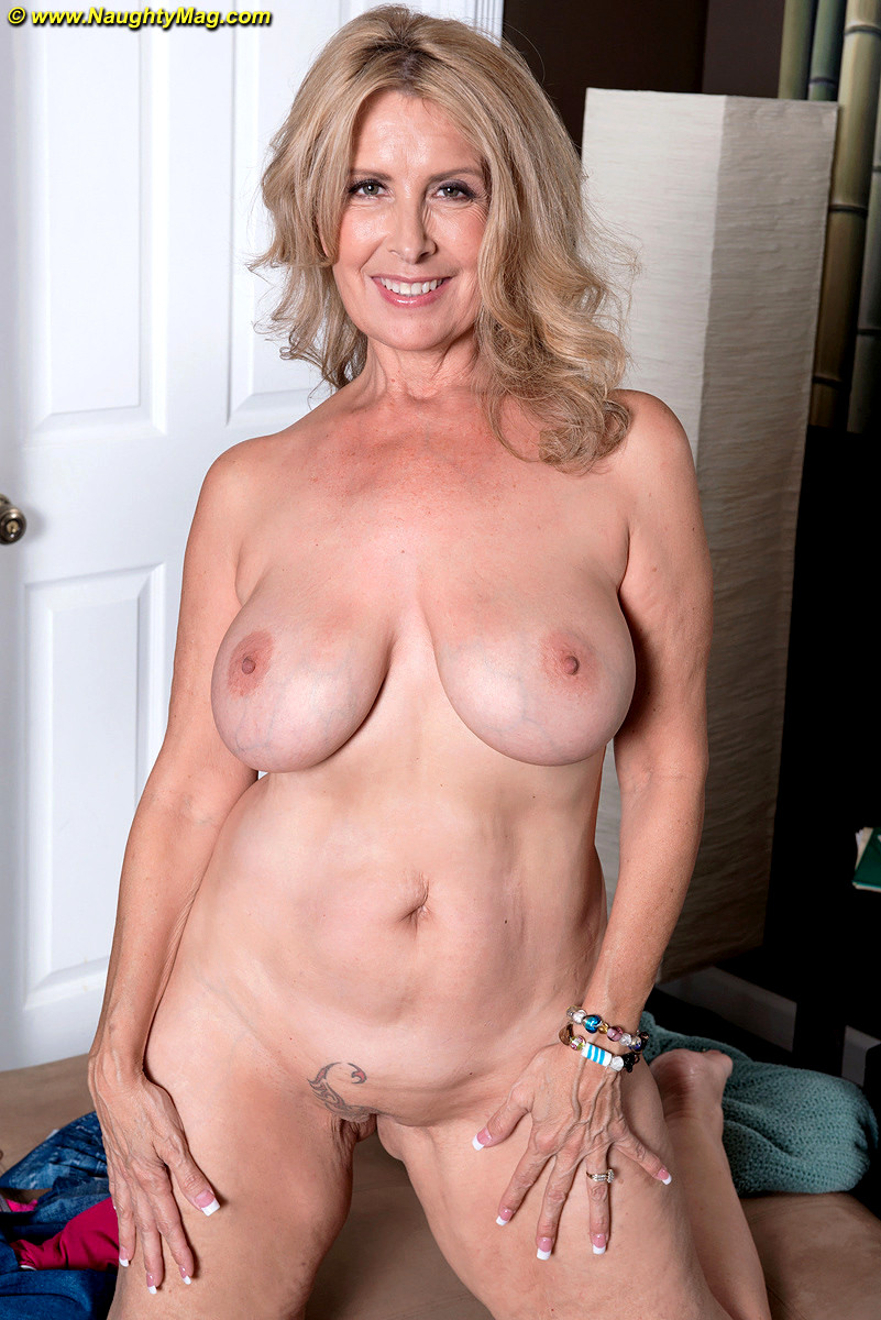 Nude female cougars