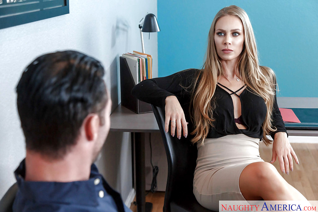 Gorgeous babe callie calypso and her man bruno have sex - 3 5
