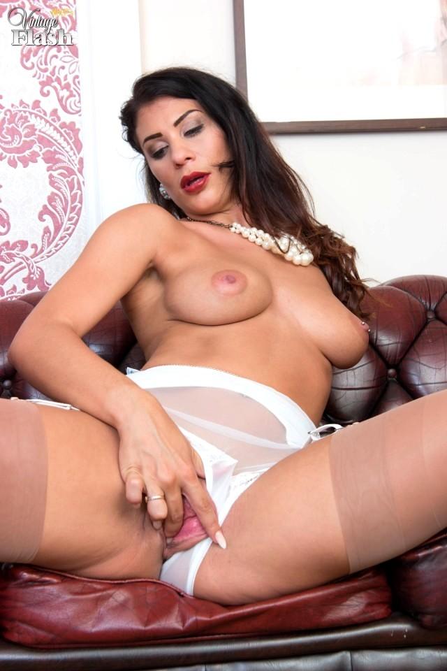 Porno nylon