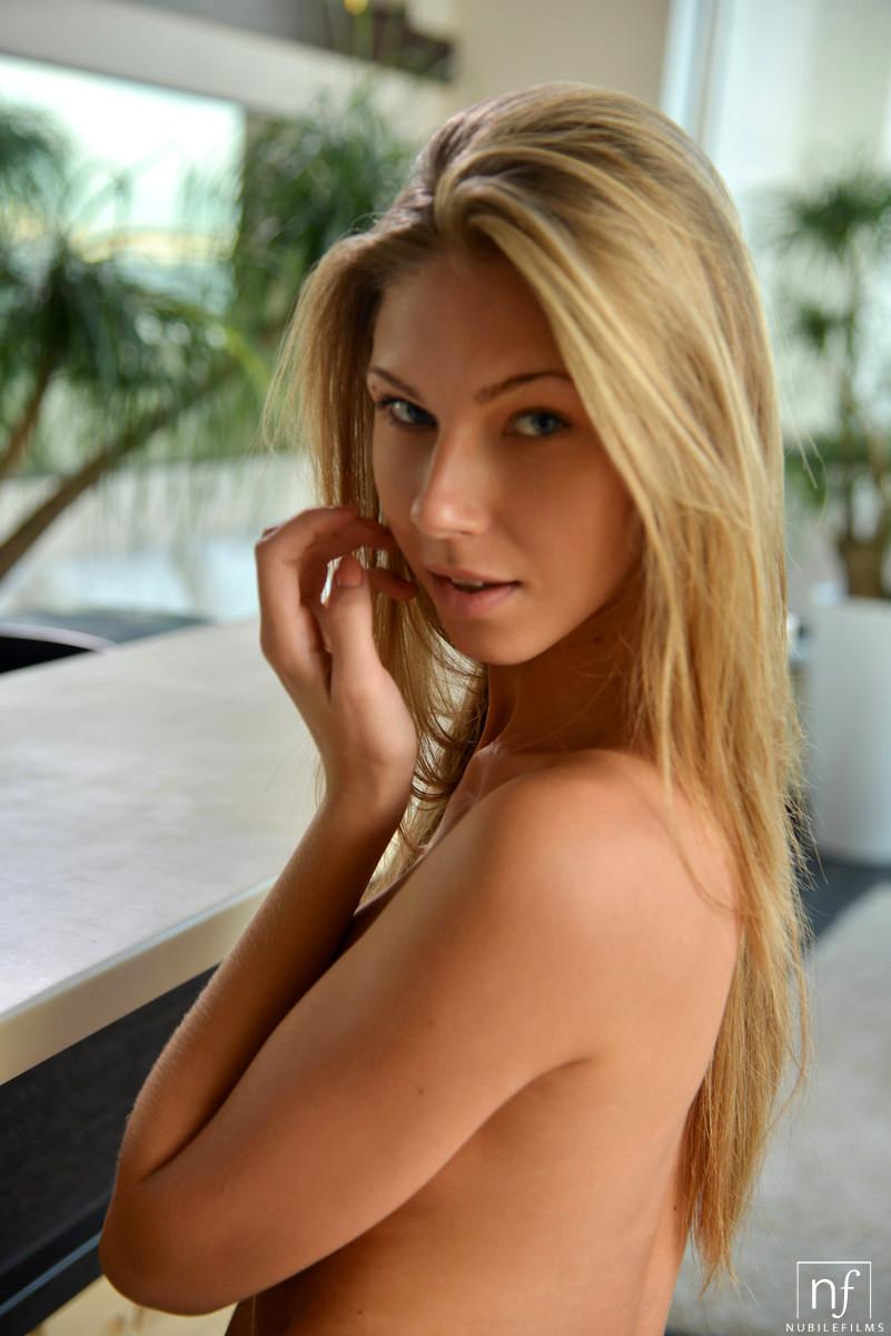 Anjelica Ebbi Porno