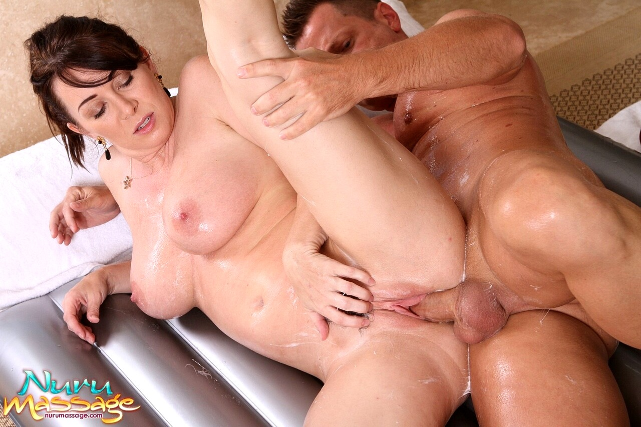 Milf massage sex pics