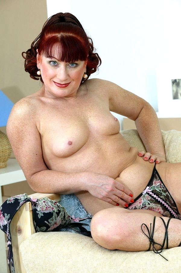 Tight red head pussy