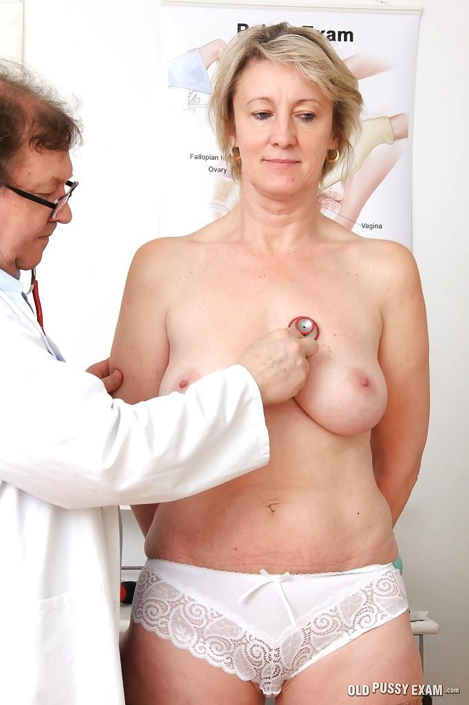 голые зрелые врачи фото славные