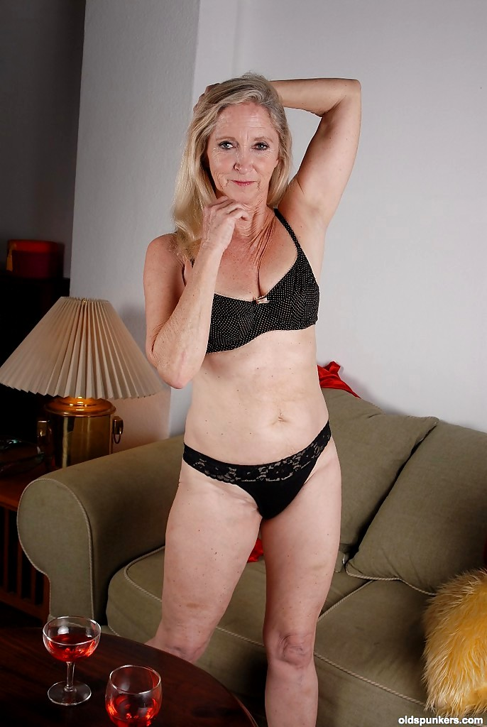 Babe Today Old Spunkers Annabelle Pretty Spreading Jpeg ...
