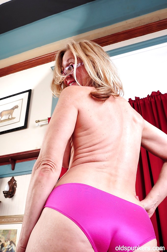 Blonde love cock in her beautyful ass troia italian bello duro per bene in fondo al culo e spac - 3 7