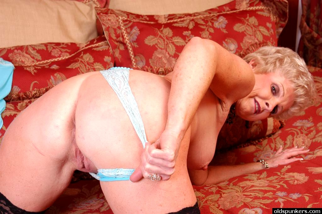 Abby loves to suck 2 - 2 part 4