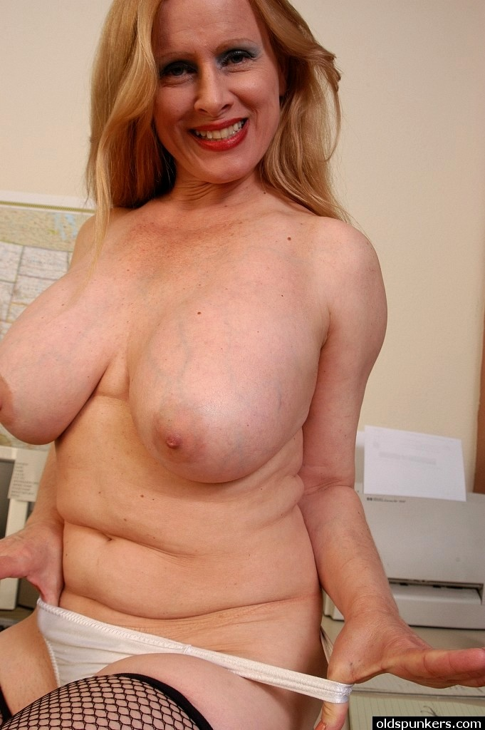 Babe Today Old Spunkers Lavender Autumn Big Tits Thigh Gap -9148