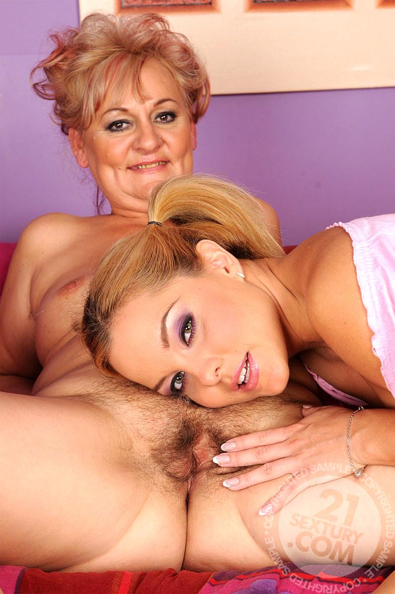 amazing lesbian love