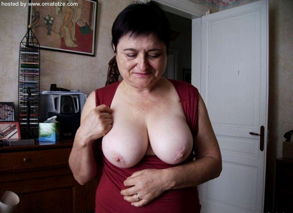 Oma Fotze.Com