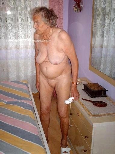black skinny naked girl pics categories