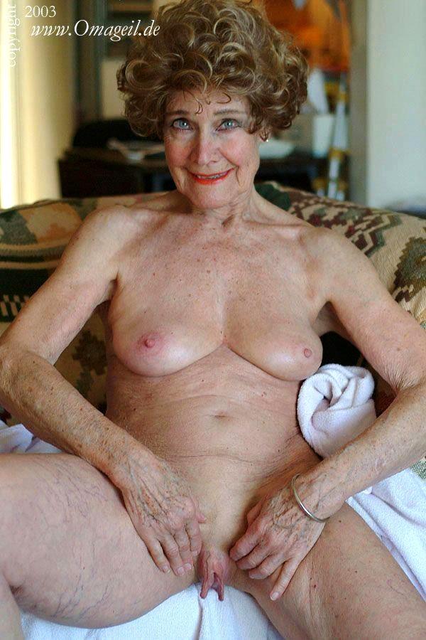 Oma porno old Oma Sex