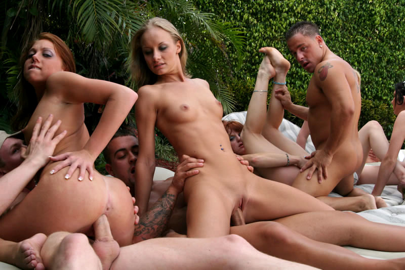 Very Elegant Orgy Outside Fucking