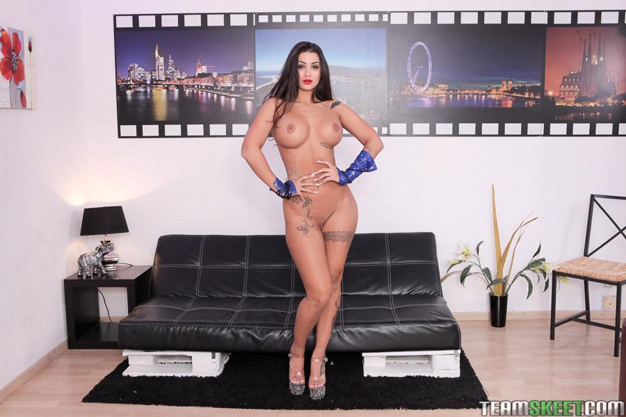 Big Tit Gala 120