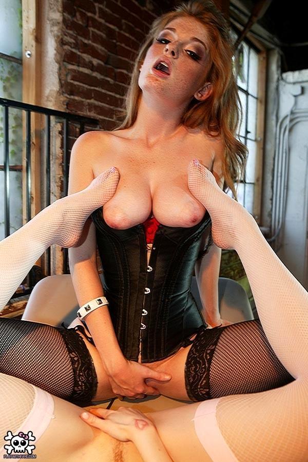 Redhead babe faye reagan gets her pussy fucked hard - 3 4
