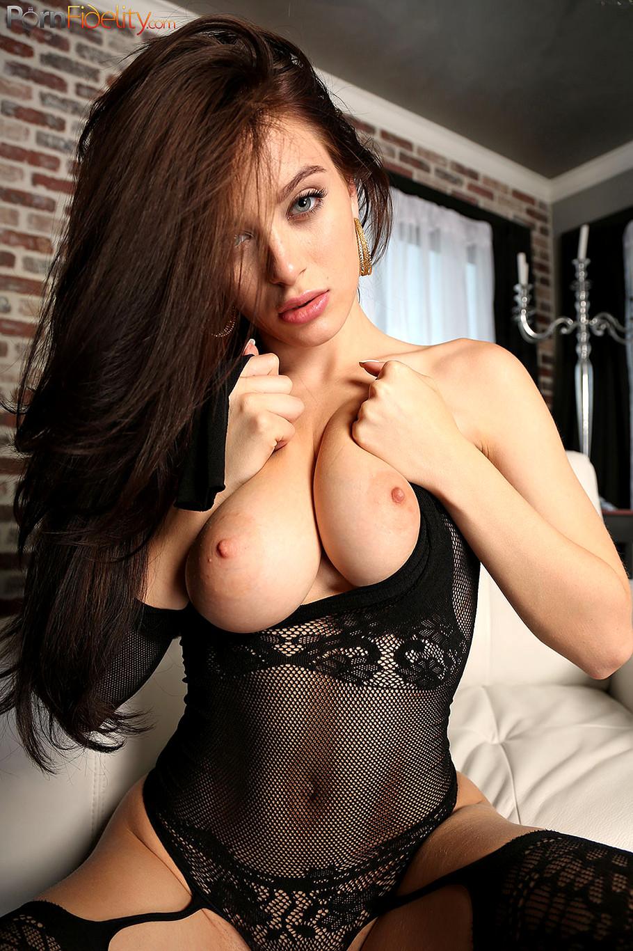 Lana rhoades stripping porn