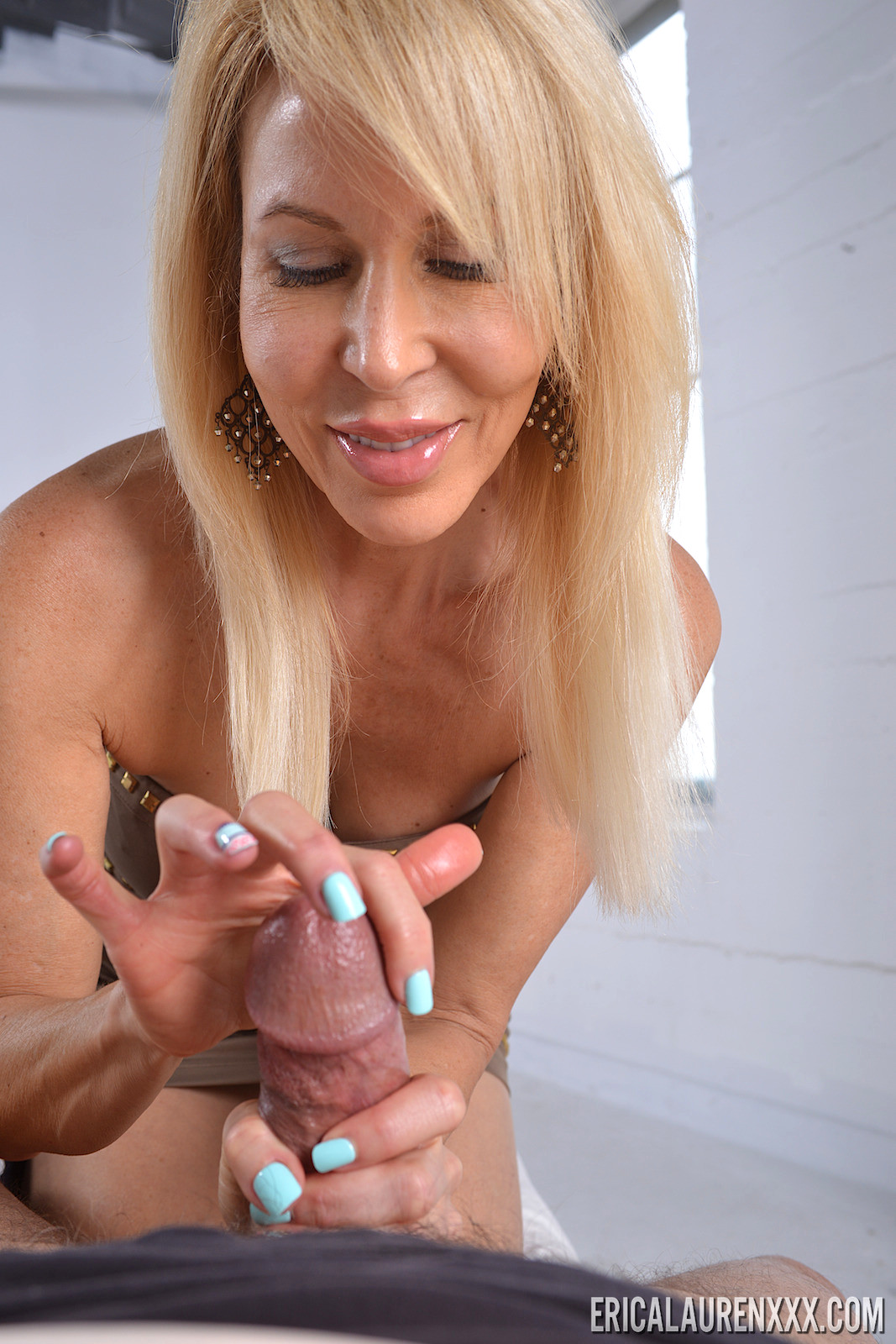 dick in bussy