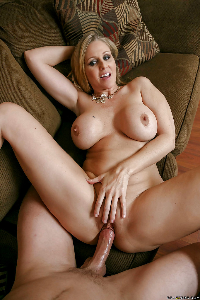 Babe Today Pornstars Like It Big Julia Ann Simple Facial