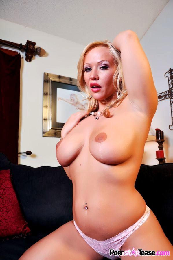Babe Today Pornstar Tease Austin Taylor Creative Striptease Studio Porn -2642