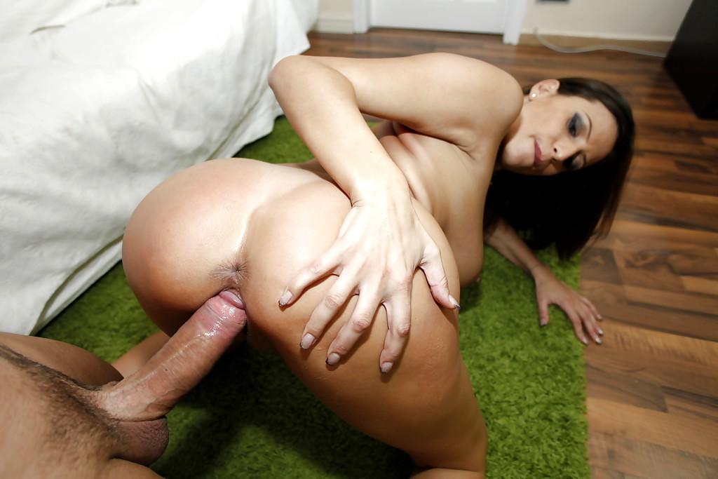 oiled girl on sex machine