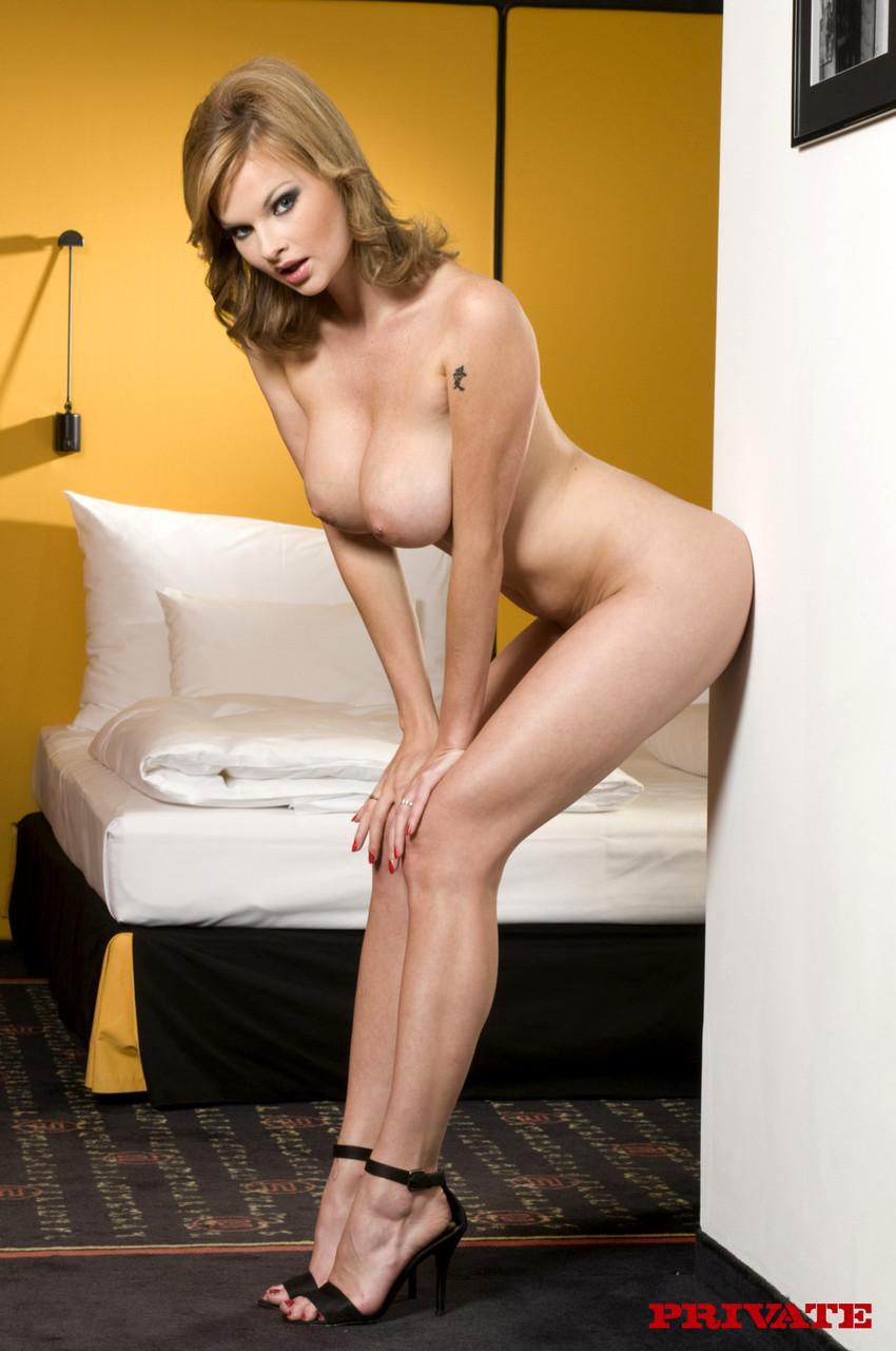 american mature nude swingers
