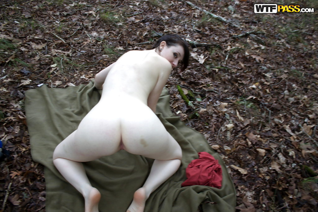 Pale Skin Naked Women