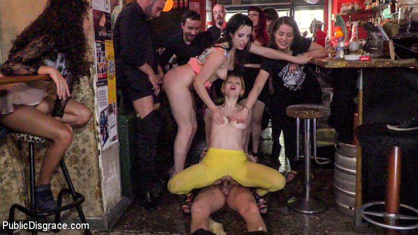 naked women in nebraska