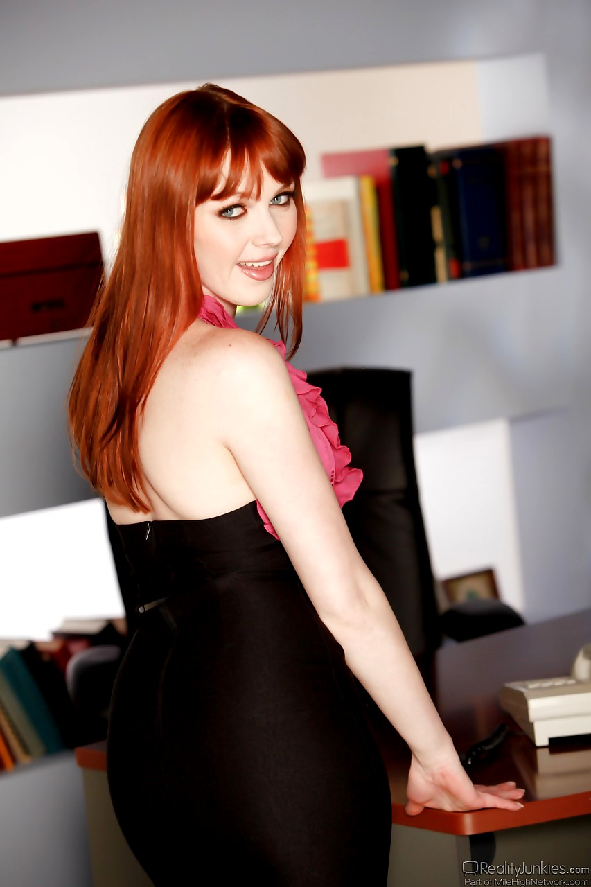 The name porn reality redhead Lolly Ink
