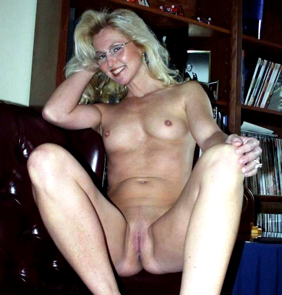 Share Real moms nude naked suggest you