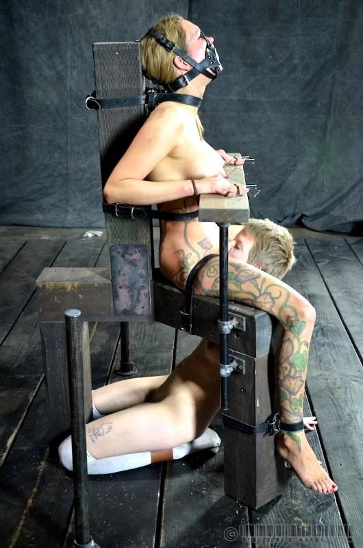Pictures of short naked brunette women