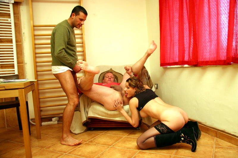 Скачать Порно Девушка Изнасилование Парня