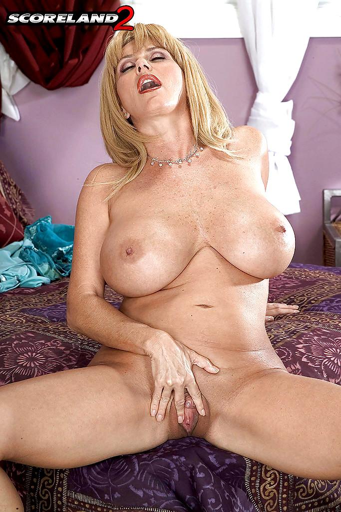 Eva green nude scene