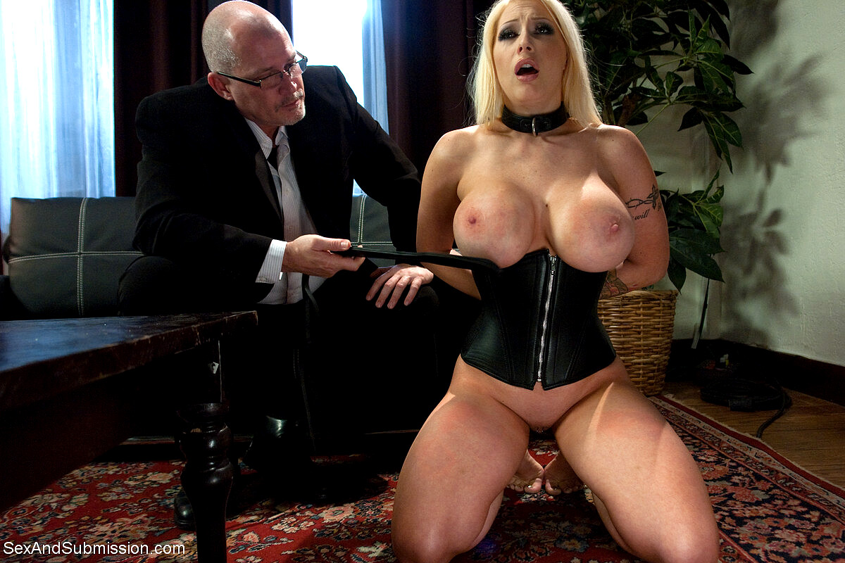 Fiery and hardcore sex with nipple twisting for some discipline