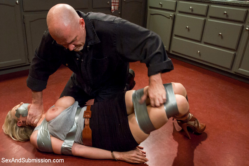 Babe Today Sex And Submission Julia Ann Mark Davis -2769