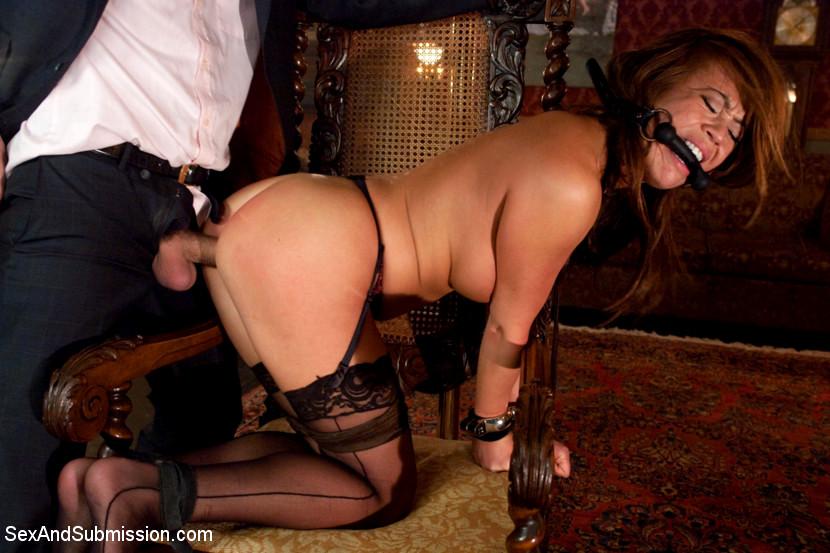 В рабстве у проституток — photo 10