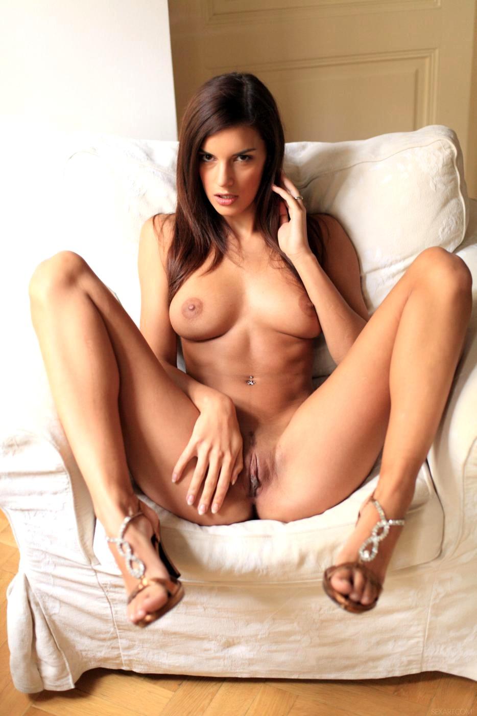big boobs strip games