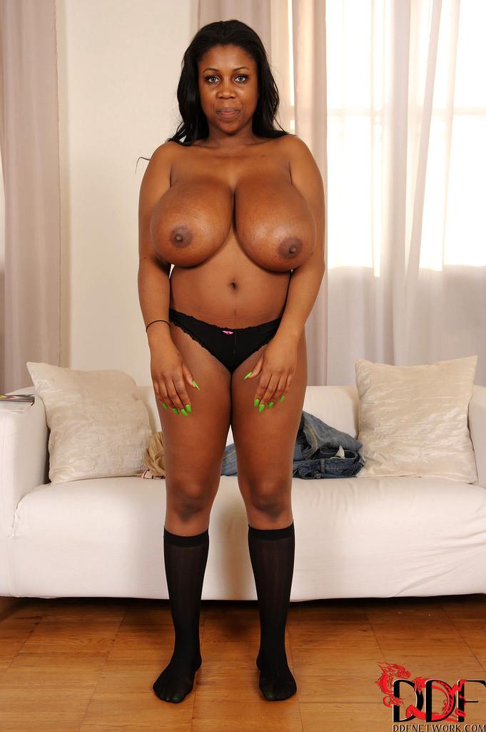 Nipples suckvideo