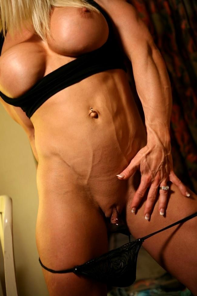 Naked female bodybuilder melissa dettwiller and her enormous clit