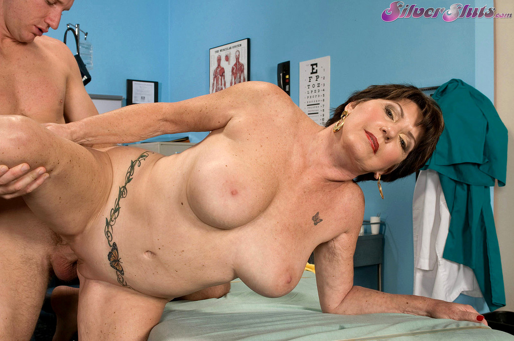 Mature bea cummins blowing and fucking a dude freeones mob xxx photos