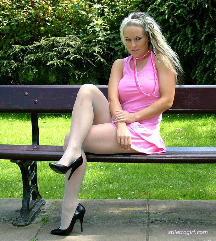 Babe Today Stiletto Girl Melanie Insane Outdoor Free Vids