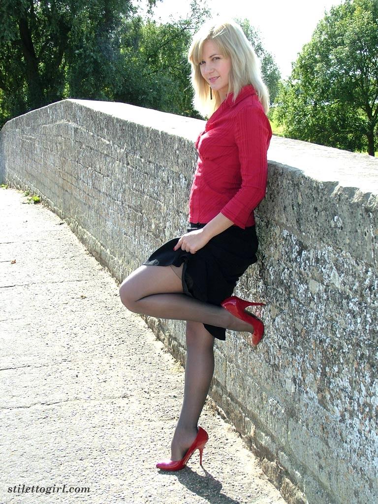 Babe Today Stiletto Girl Stilettogirl Model Xxl High Heels