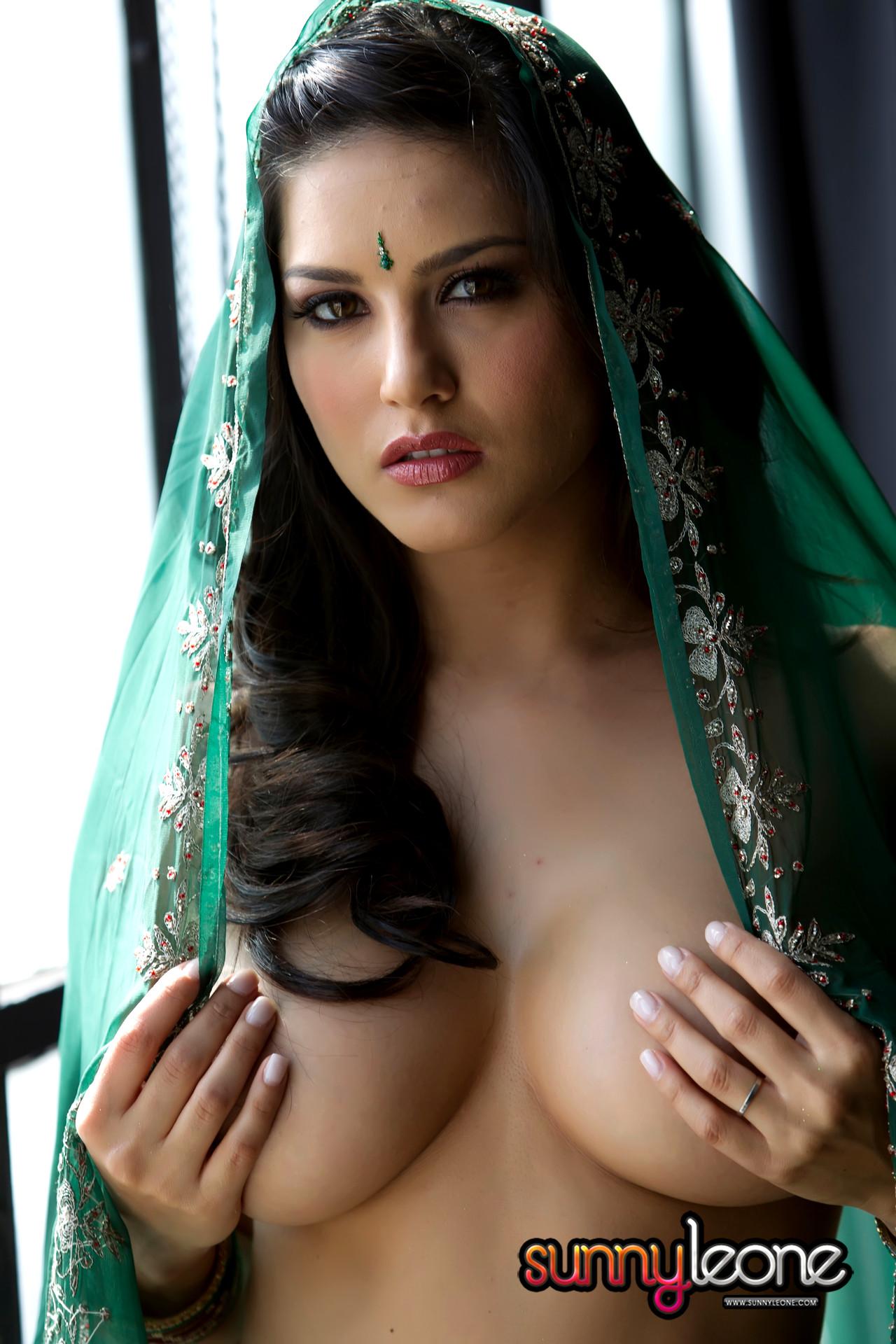 Babe Today Sunny Leone Sunny Leone Amazing Big Tits Hdbabe -7583