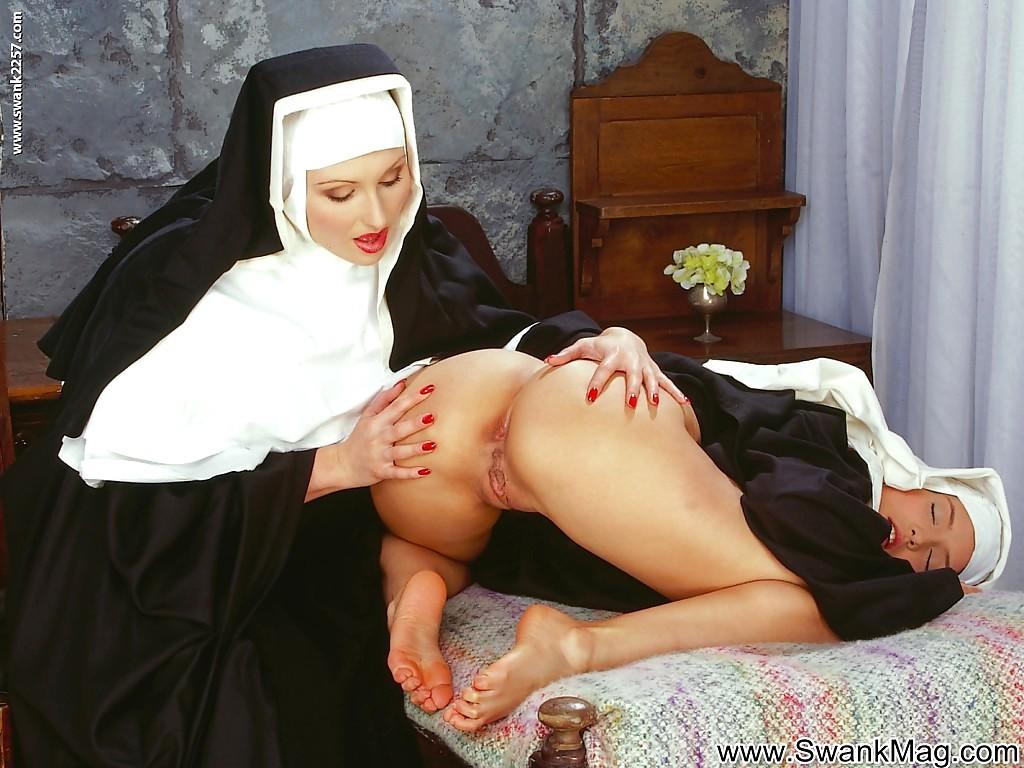 Итальянские монашки  полный фильм  ПорноЛента