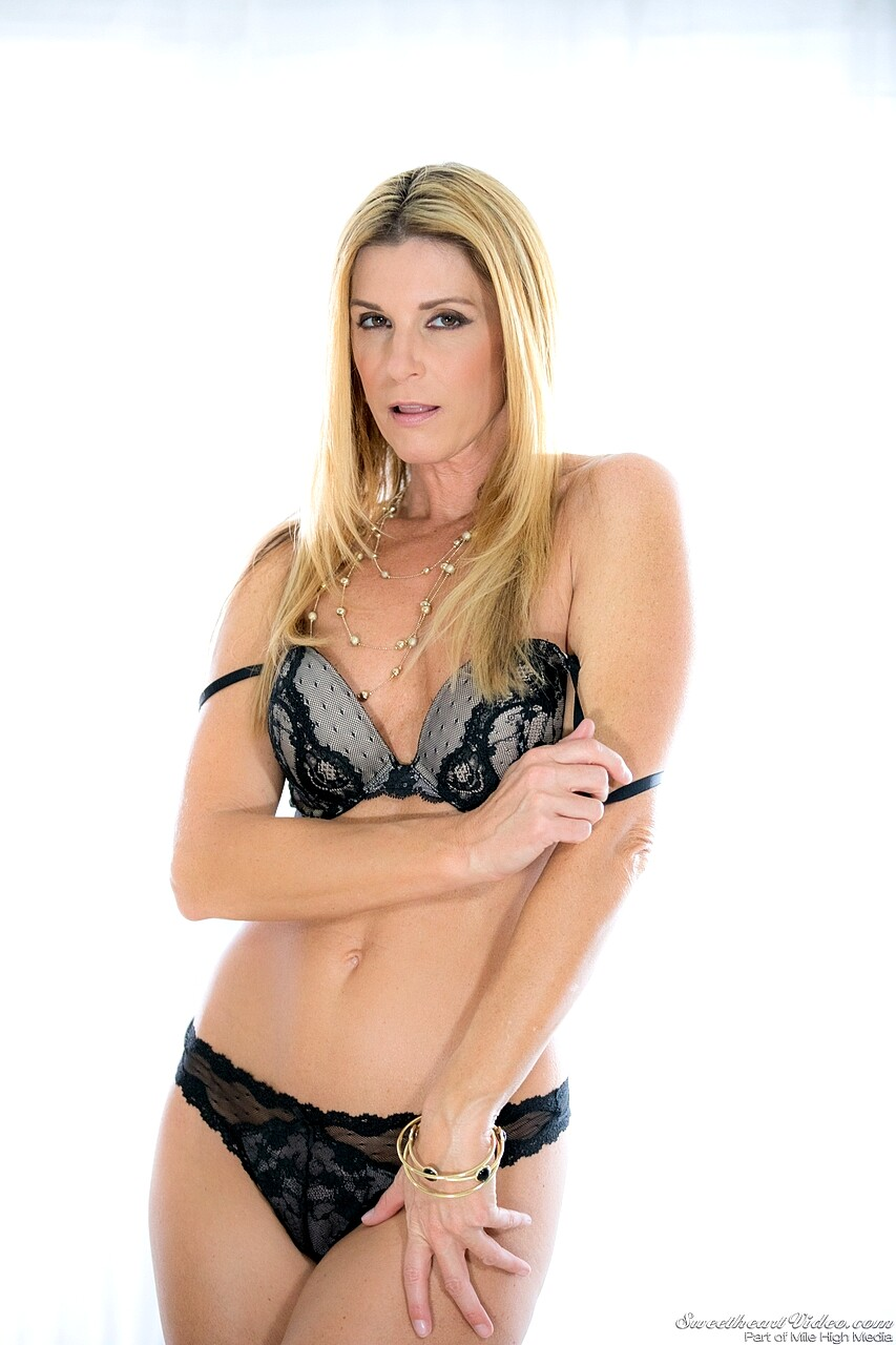 Babe Today Sweetheart Video India Summer Cherie Deville -4372